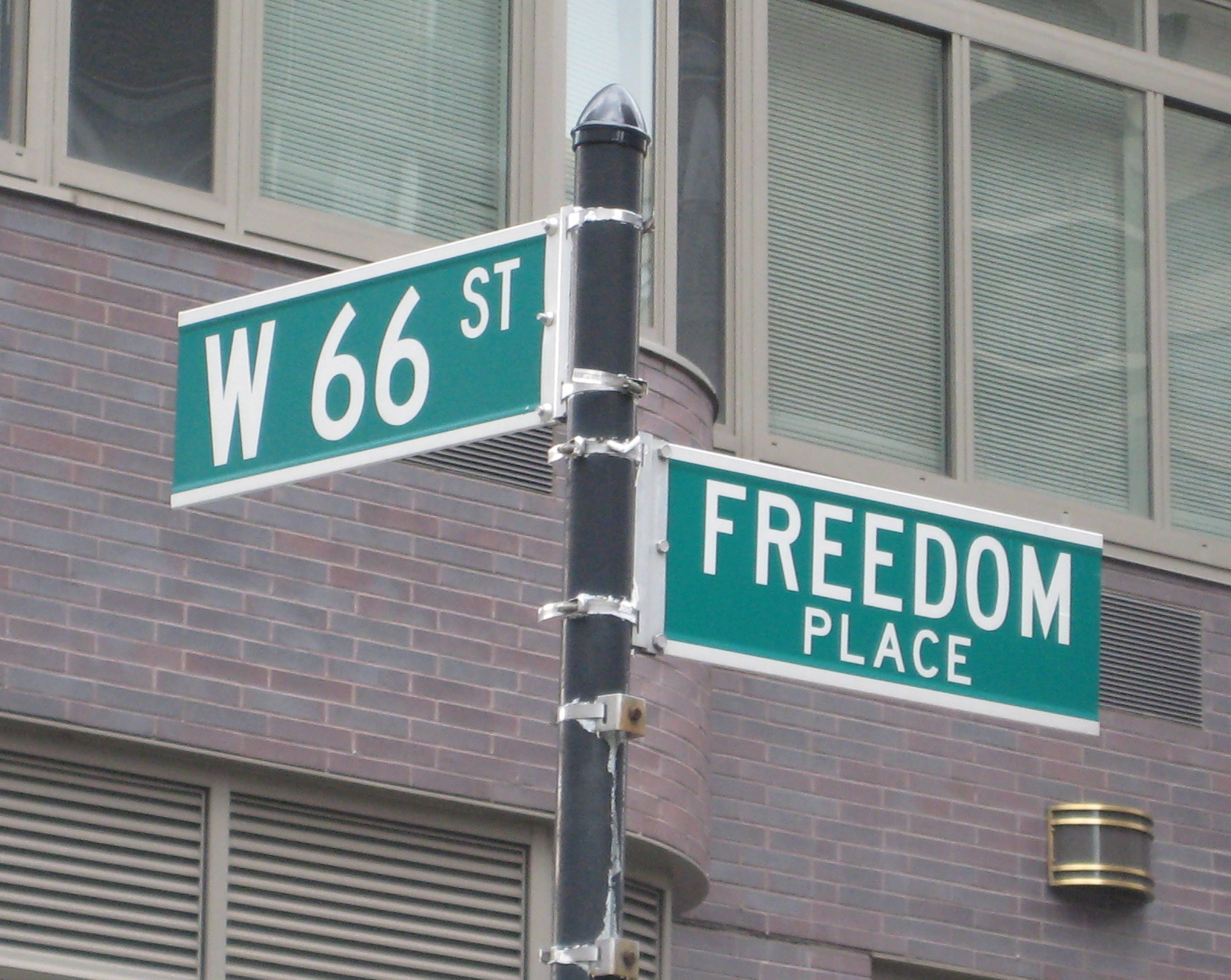 The story behind a little-known West Side street | Ephemeral New York