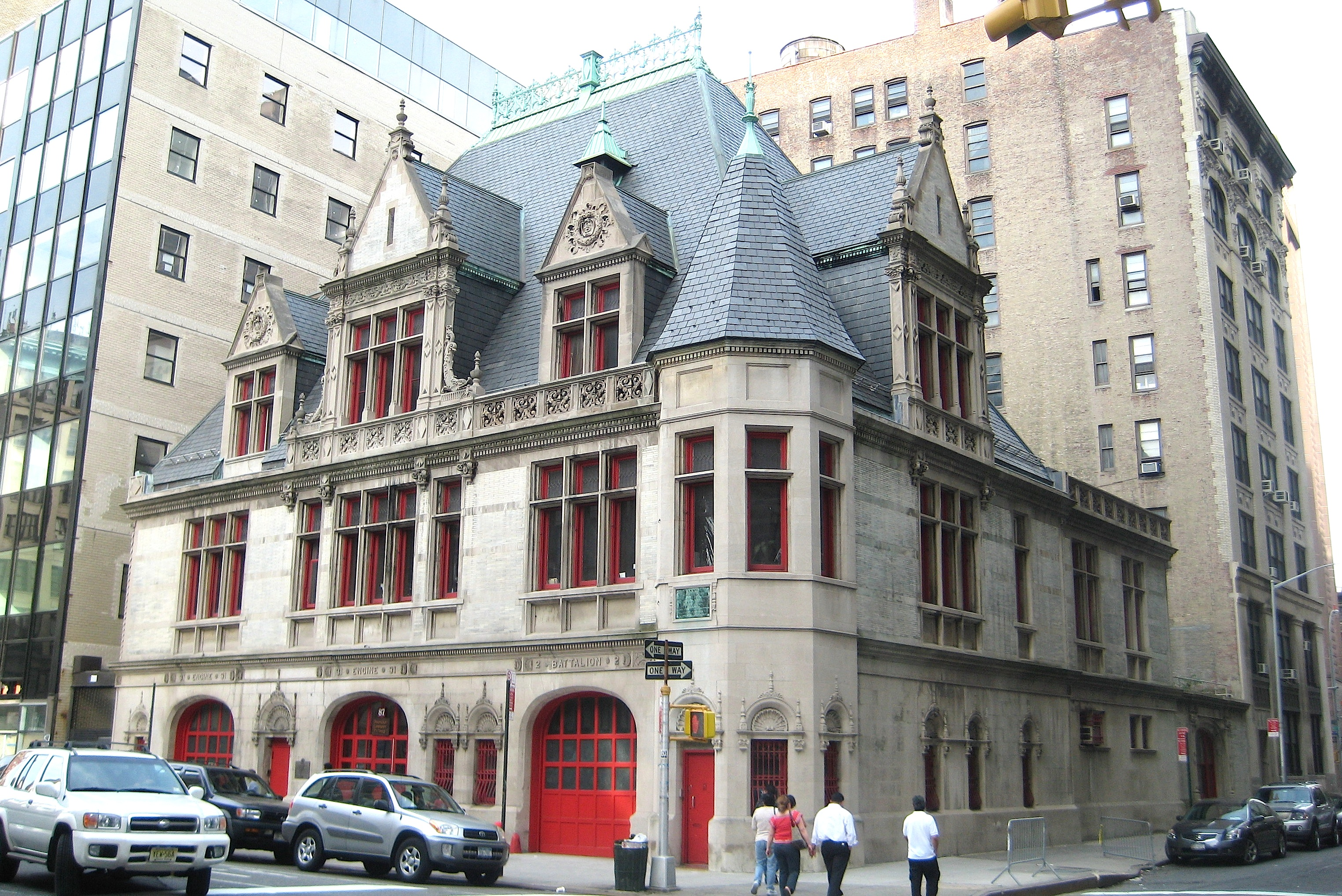 Historic firehouses new york city ephemeral new york for Modern houses in new york