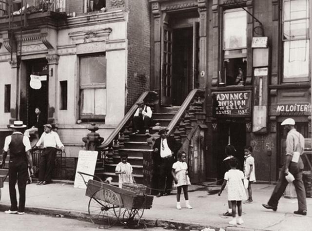 A Street Photographer S Working Class New York Ephemeral New York