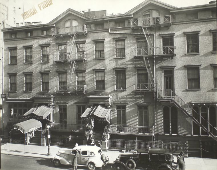 Old hotels greenwich village ephemeral new york for Nyc greenwich village apartments