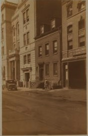 Charlesstreetstation1928nypl