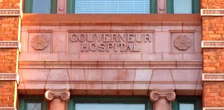 Gouverneurhospitalsign
