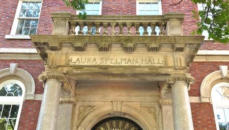 Lauraspelmanhall