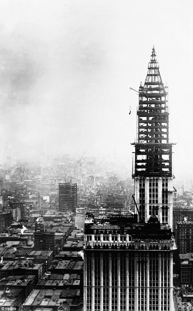 Building Under Construction : Famous buildings under construction ephemeral new york