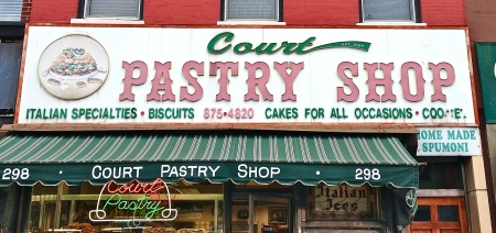 Courtpastryshopsign