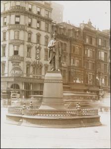 Lincolnstatue1917mcny