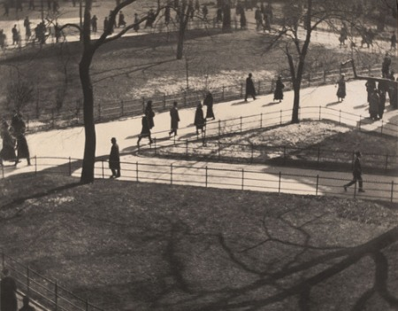 Paulstrandcentralparkscene1915-16