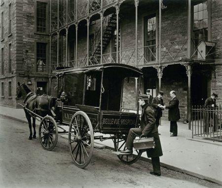 Bellevueambulance1895