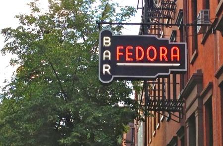 Fedorabarsign