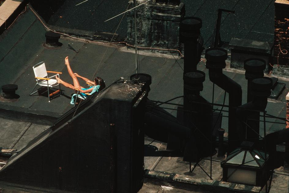 Rooftopsunbathermidtown1983