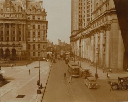 Centrestreetparkrow1920s