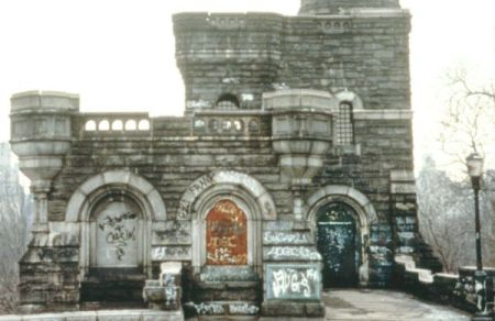 Centralparkbelvaderecastle1970s
