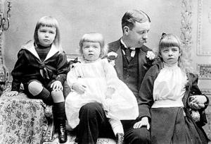 Elliottandfamilykids