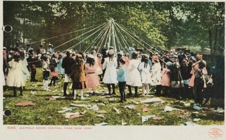 Maypoledancecentralpark1905