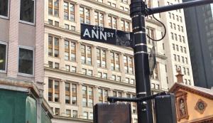 Annstreetsign