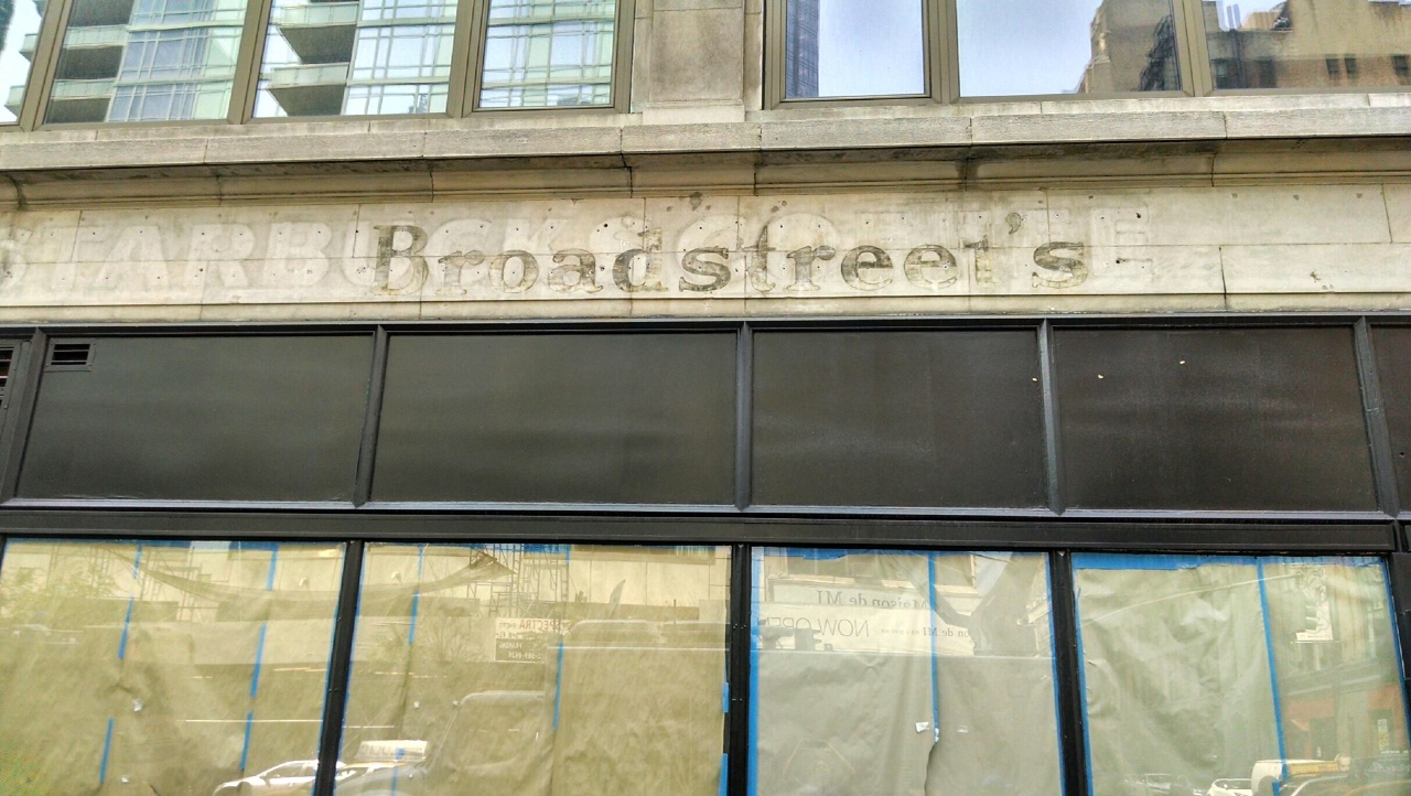 Broadstreetscloseup