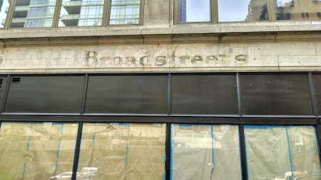 Broadstreetscloseup