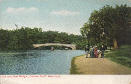 Bowbridgecentralparkpostcard