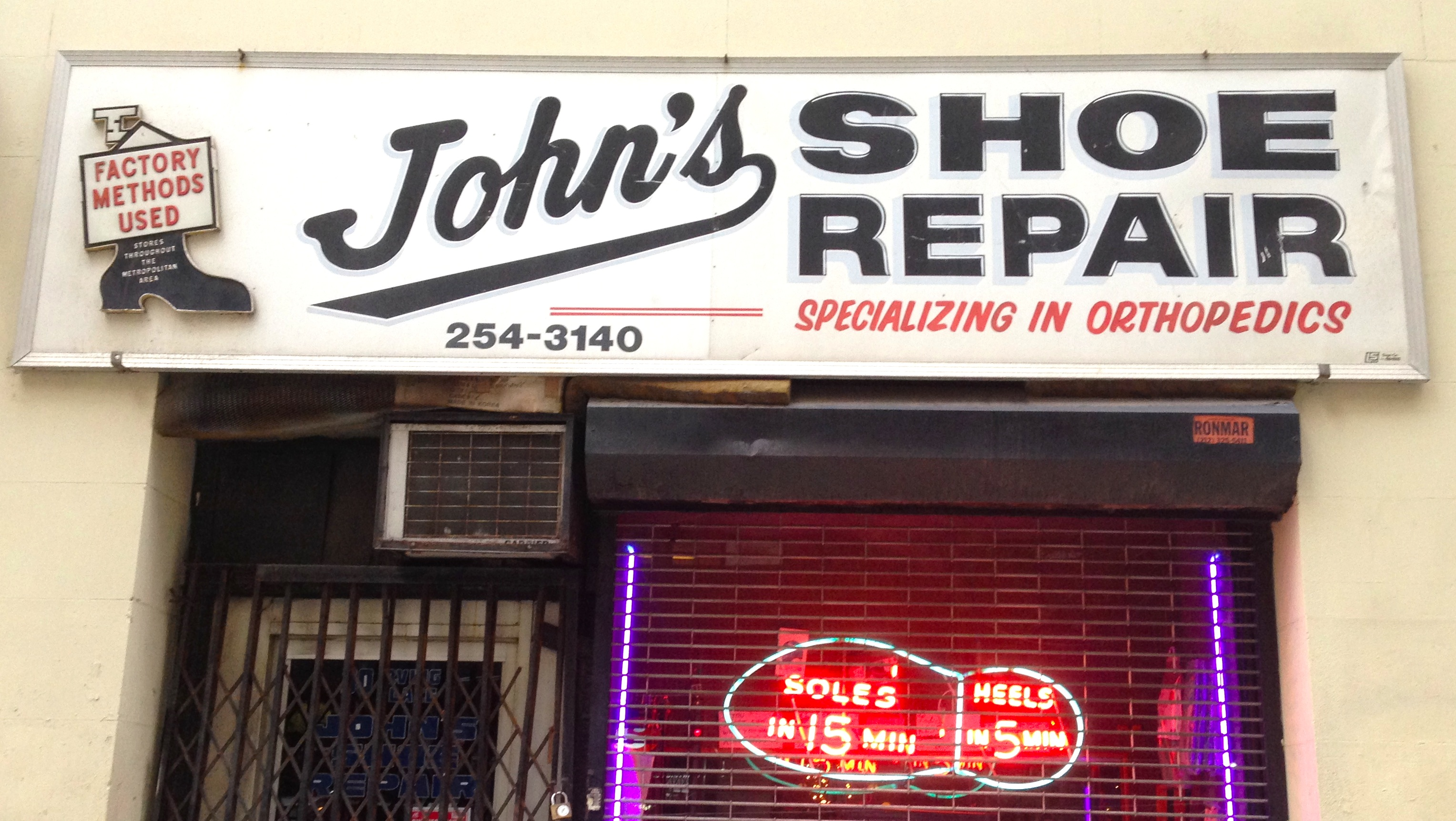 Neon store signs ephemeral new york johnsshoerepairsign solutioingenieria Choice Image