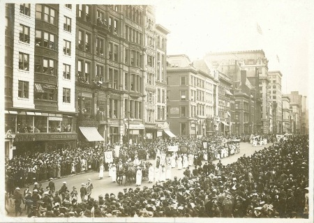 Alvavanderbiltsuffrageparade1912