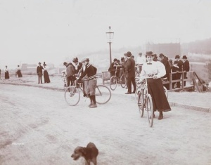 Cyclingriversidedrive1896