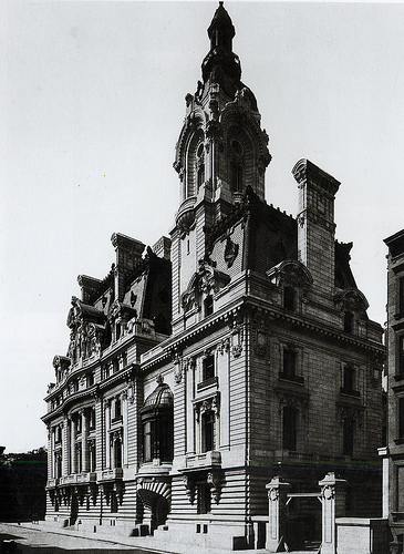 Fifth Avenue's Most Insane Gilded Age Mansion