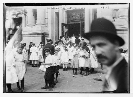 Openingdayschoolbain1915