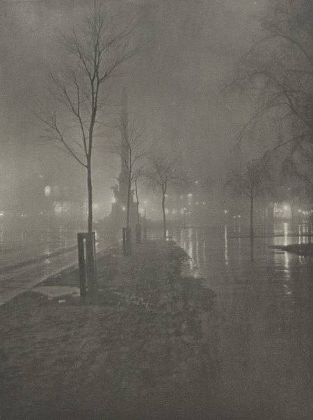 wetnightcolumbus-circle-1900