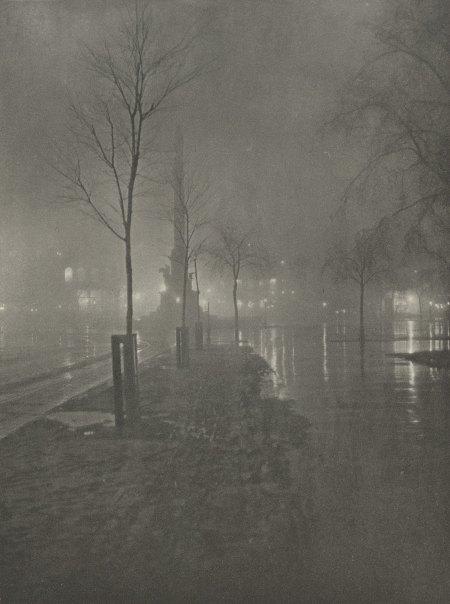 wetnightcolumbus-circle-1900