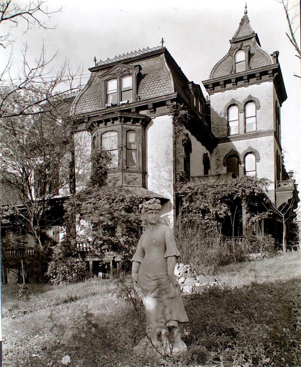 But Because This Addams Family Esque Mansion And Its Grounds Reminiscent Of Grey Gardens Near Riverside Drive 158th Street Bit The Dust In 1940s